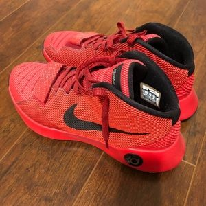 KD Trey 5III Basketball Shoes